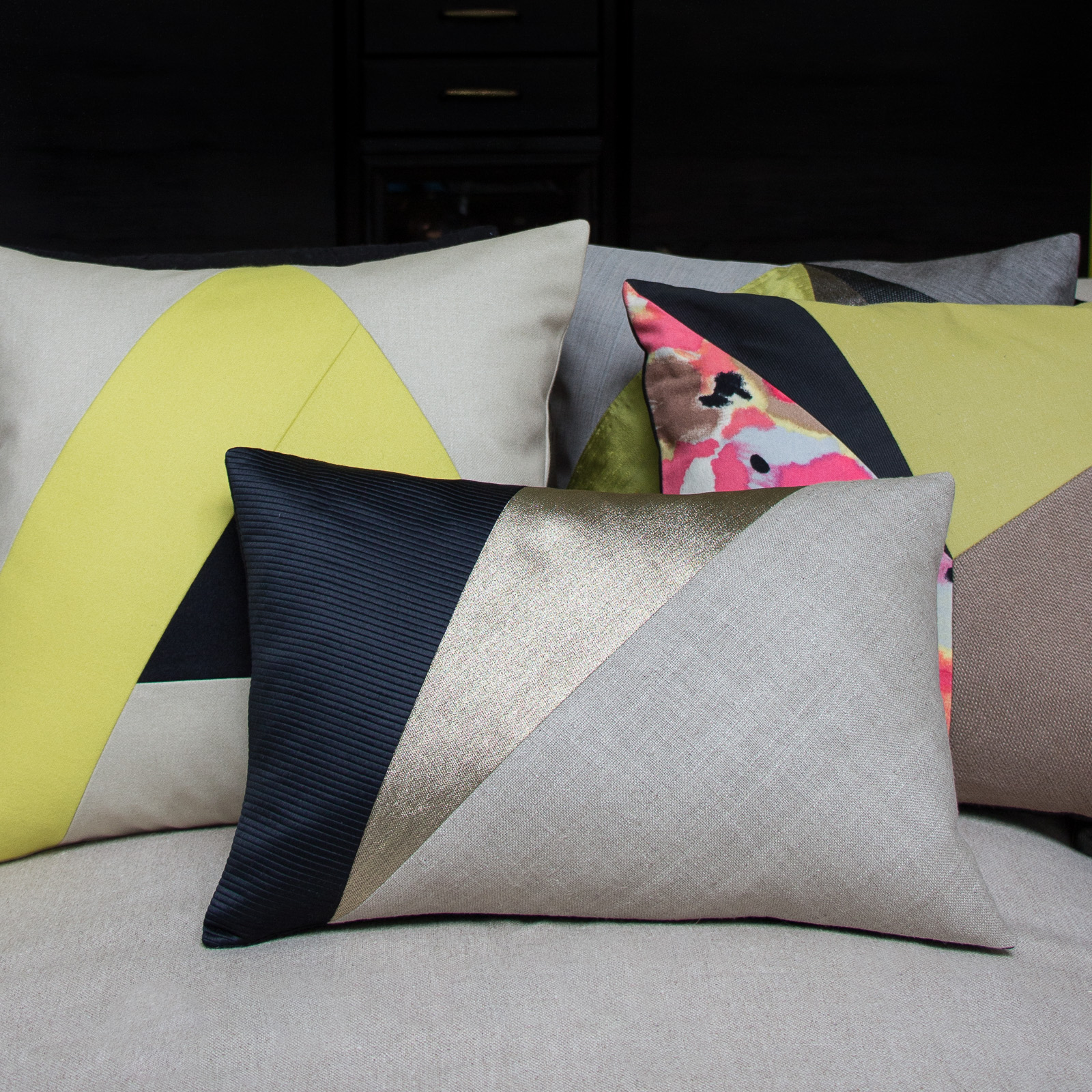 Maison popineau mix and match different cushion sizes for Au maison cushions