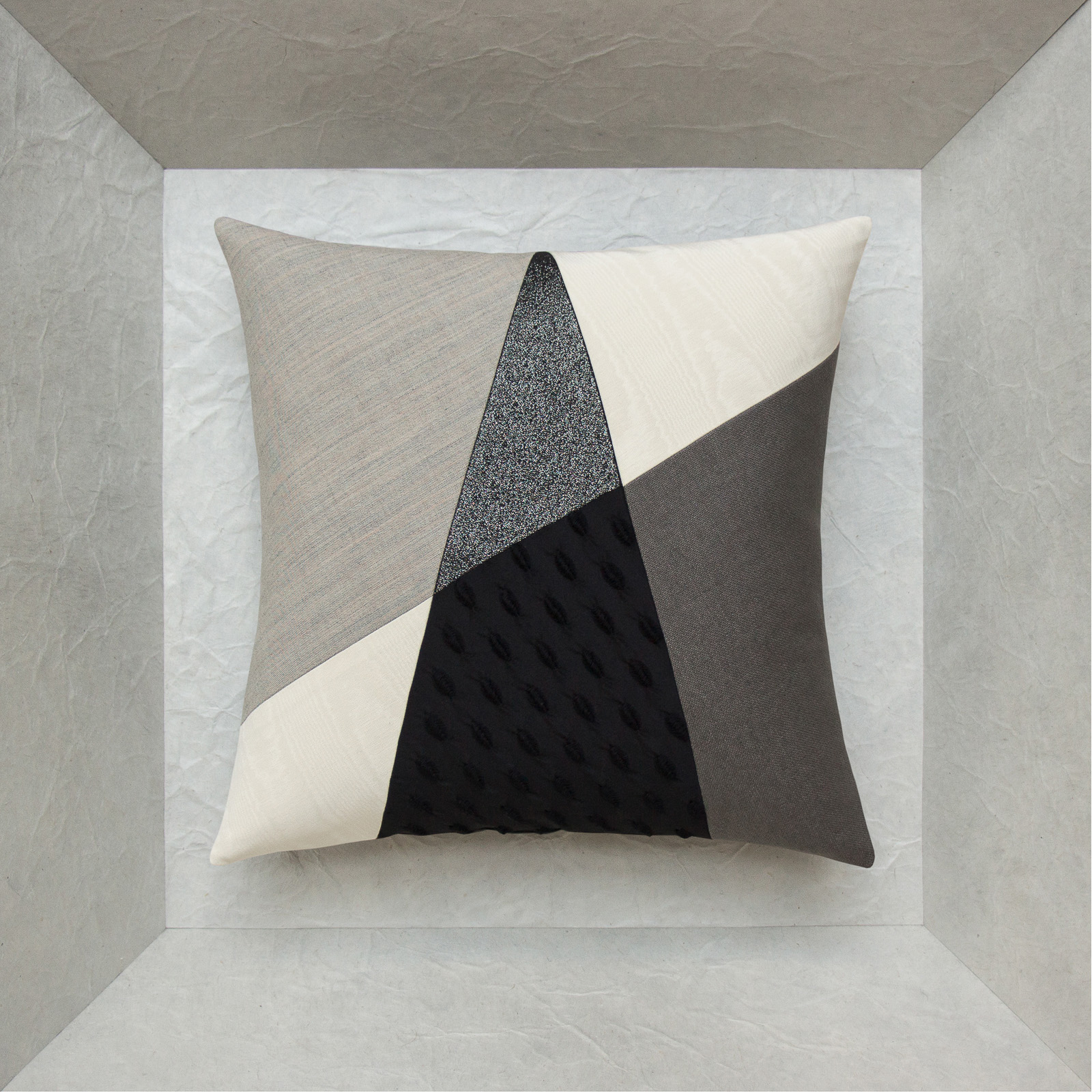 design and fashion pillow